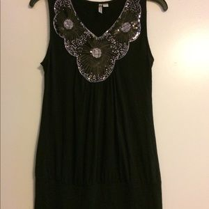 Tops - Black/silver sequined top LARGE